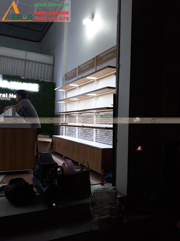 Hình ảnh thi công shop mỹ phẩm anh Việt, Bình Dương