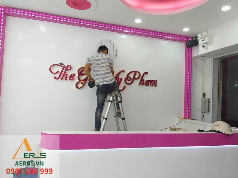Thi công nội thất shop Thế giới mỹ phẩm
