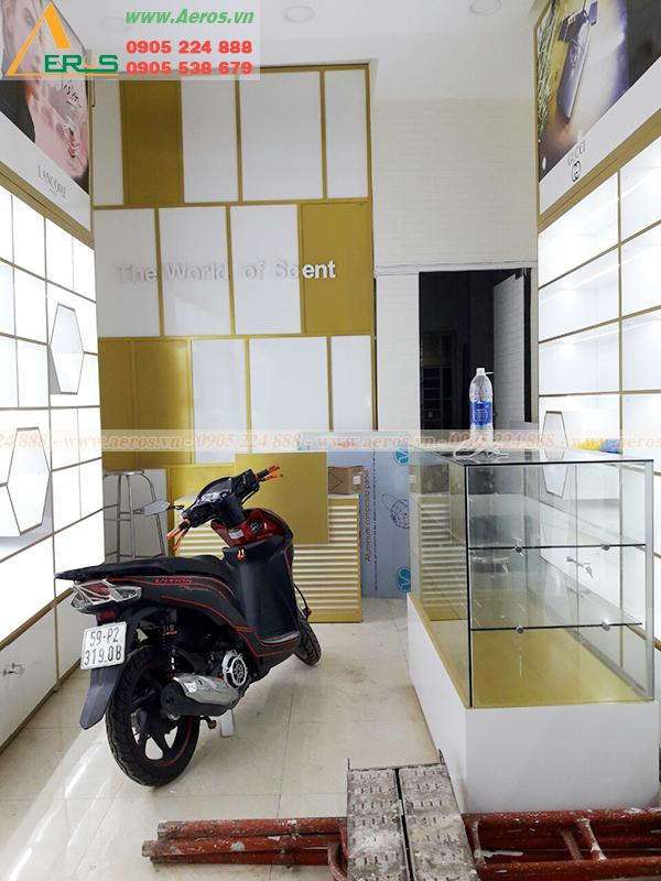 Hình ảnh thi công nội thất shop mỹ phẩm anh Tài ở quận 3, TPHCM