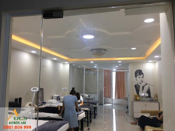 Hiện trạng dự án thiết kế thi công shop mỹ phẩm An Beauty Center của anh Định tại Quận 7