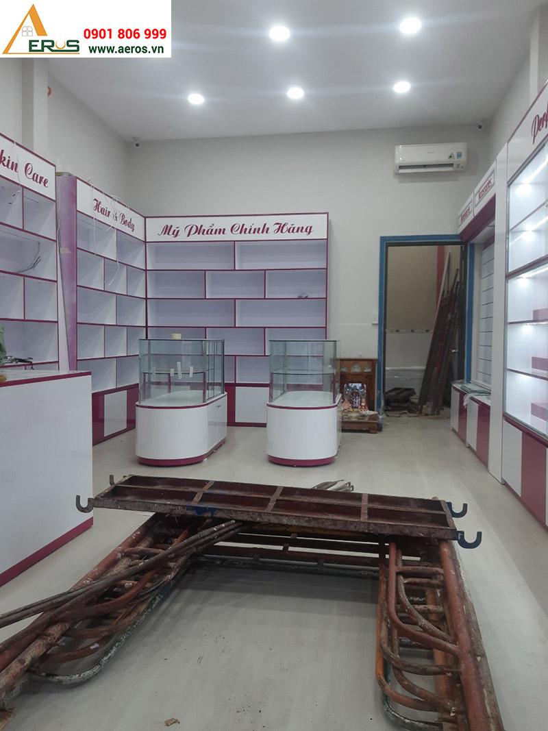 thi công cửa hàng mỹ phẩm AN tại Hóc Môn
